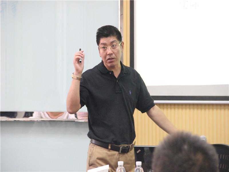 山东大学在职研究生罗新华老师图